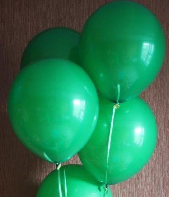 Зеленые воздушные шары (фото 2)
