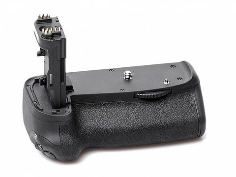 Многофункциональная батарейная рукоятка Phottix BG-70D