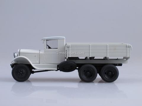 ZIS-36 board white 1:43 Nash Avtoprom