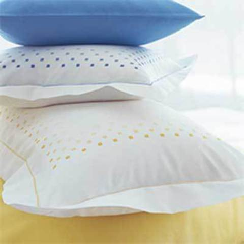 Пододеяльник 180х200 Christian Fischbacher Luxury Nights Dancing Squares 560 желтый