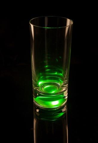 Светящийся бокал для коктейлей GlasShine, зеленый