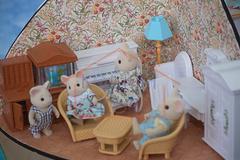 Кукольная гостиная комната с семейкой зверей Village Story