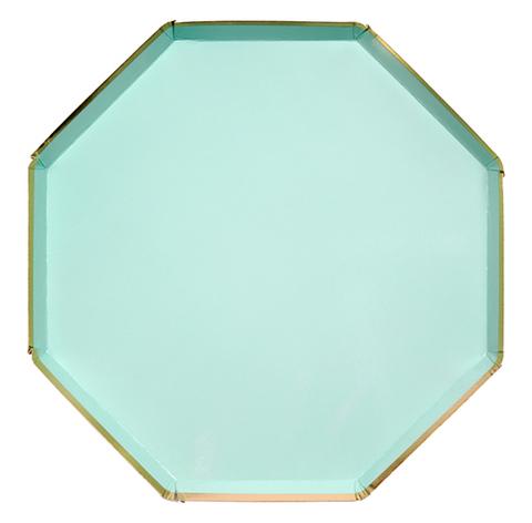 Большие мятные восьмиугольные тарелки