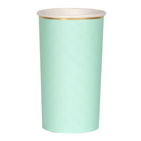 Большие мятные стаканы для коктейлей