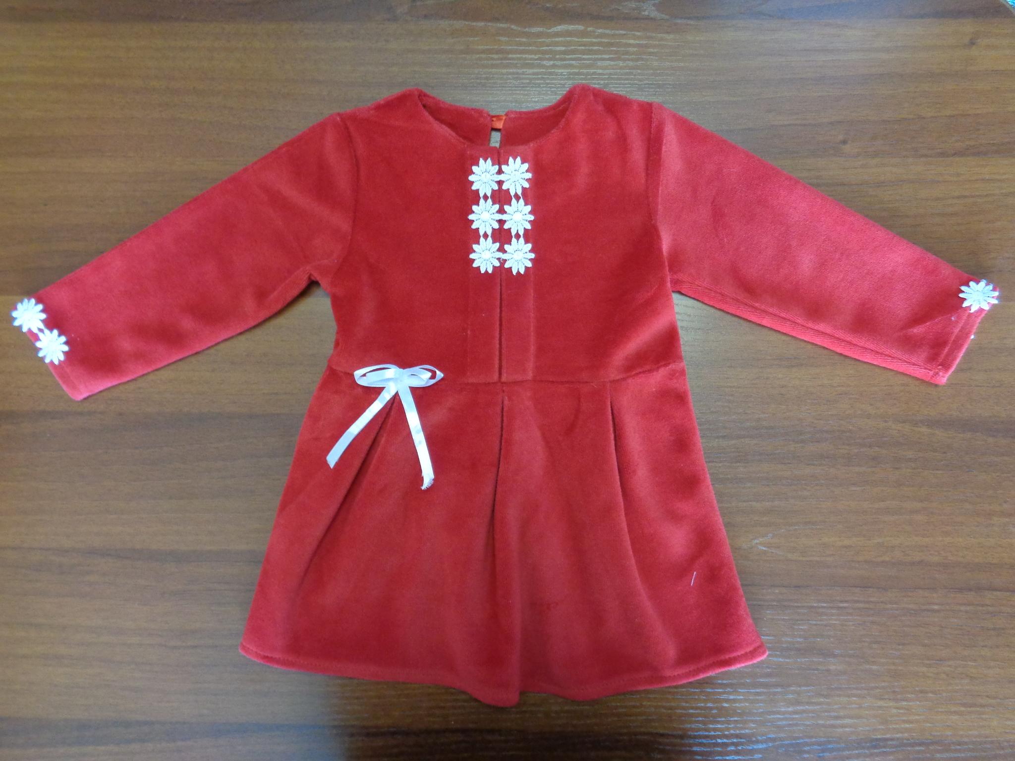 Платье д/девочки с отделкой ( велюр )