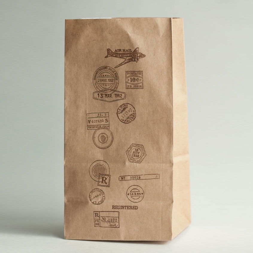 Крафт-пакет с рисунком Почта, размер 19*10*7