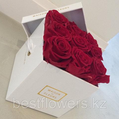 Коробка Maison Des Fleurs с розами 7