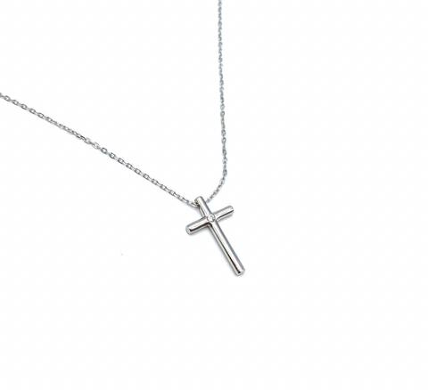Минималистический крестик из серебра в стиле