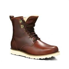 /collection/neumel-boots/product/ugg-mens-hannen-chocolate