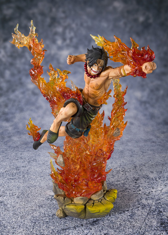 Фигурка BANDAI FiguartsZERO ONE PIECE PORTGAS・D・ACE Commander of the Whitebeard 2nd Division 57670-5