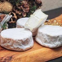 Сыр мягкий с белой плеснью