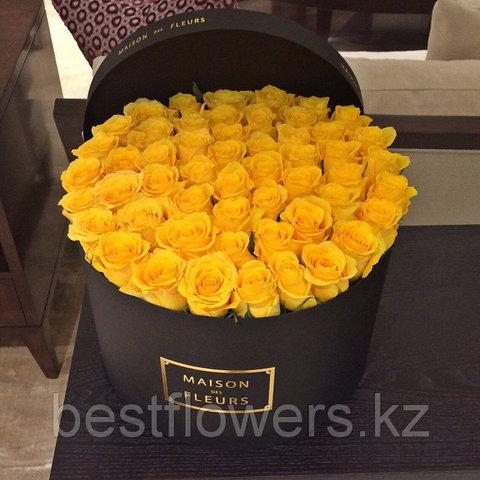 Коробка Maison Des Fleurs с розами 9