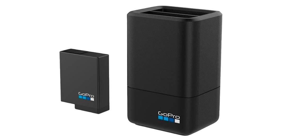 Зарядное устройство для 2-х аккумуляторных батарей Dual Battery Charger для HERO5 и HERO6 (AADBD-001-RU) с батарейкой