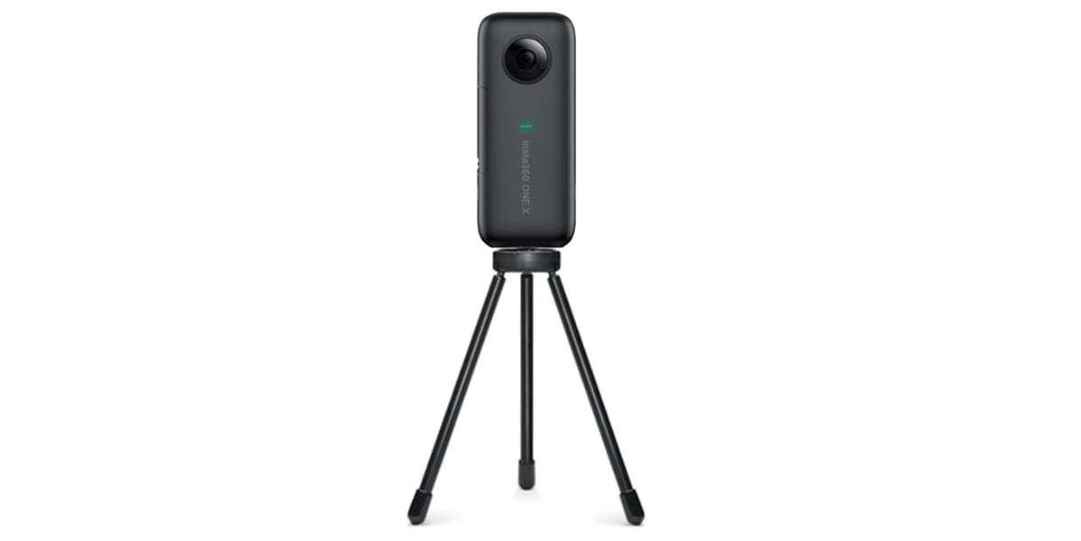 Мини-штатив Insta360 Tripod с камерой