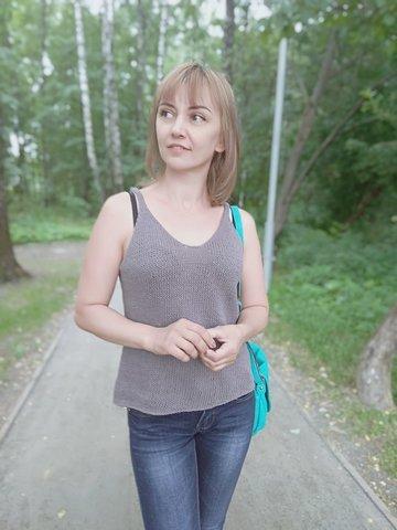 Купить Описание бесшовной женской летней майки | Интернет-магазин пряжи «Пряха»