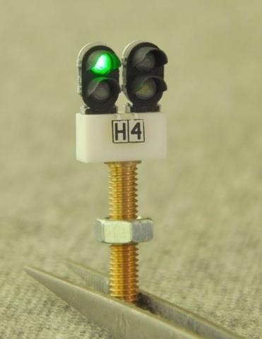 СвеТТофор 87011 Четырехзначный карликовый светофор, 1:87