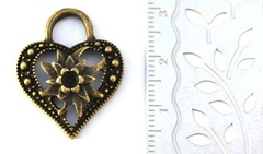 Металлические подвески Сердце с цветком 20*20 мм, 6 шт. Цвет - бронза
