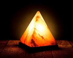 Солевая лампа Пирамида 2,2-2,55кг