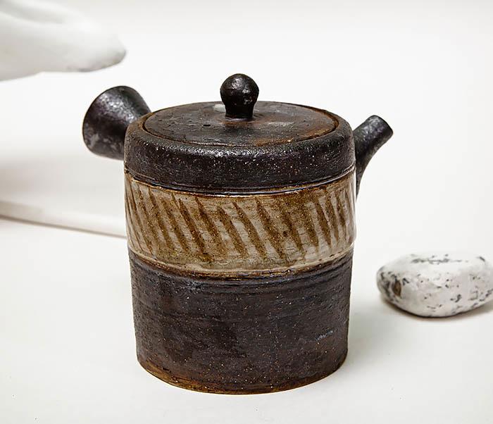 POT103 Керамический чайник ручной работы в японском стиле («Kюсу») фото 04