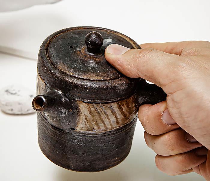 POT103 Керамический чайник ручной работы в японском стиле («Kюсу») фото 09