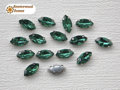 Камень маркиза в цапах 5*10 мм изумрудный
