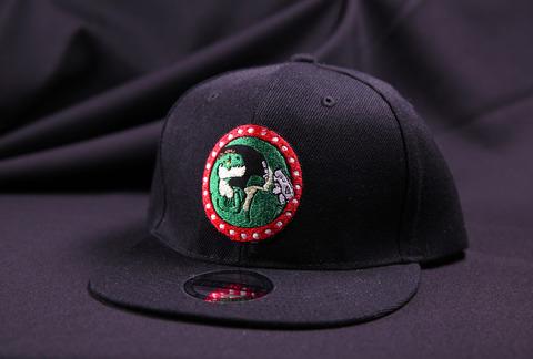 Кепка черная Оптизавр Лого. Прямой козырек