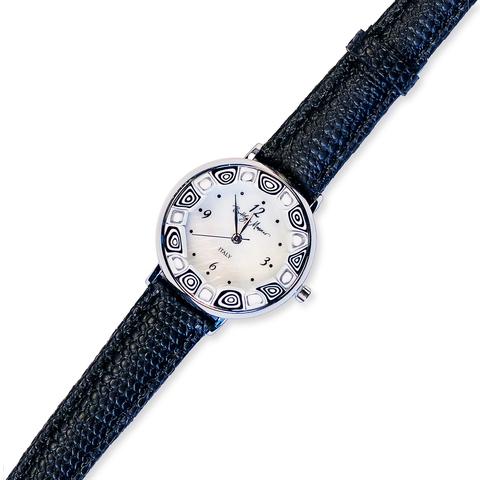 Часы черно-белые на черном ремешке из муранского стекла