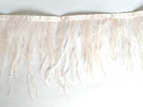 Тесьма  из перьев страуса h 10-15 см., светлый розово-персиковый