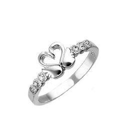 Серебряное кольцо с лебедями
