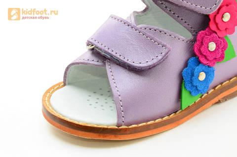 Босоножки на первый шаг Тотто из натуральной кожи на липучках для девочки, цвет сирень. Изображение 13 из 16.