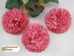 Цветок из ткани коралловый