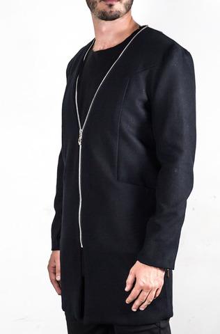 Легкая куртка с молниями