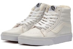 muzhskie-zhenskie-krossovki-vysokie-zimnie-kedy-Vans-Old-Skool-High-White-With-Fur-Leather-sk8-hi