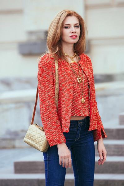 Стильная сумочка из золотистой кожи Chanel