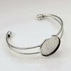 Основа для браслета с сеттингом для кабошона 25 мм, 14 см (цвет - античное серебро)