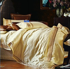 Постельное белье шелковый жаккард с вышивкой Valtery L 24
