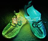 Светящиеся кроссовки с USB зарядкой на шнурках, цвет белый, светится верх. Изображение 12 из 23.