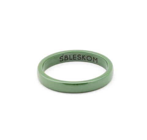 Зеленое керамическое кольцо