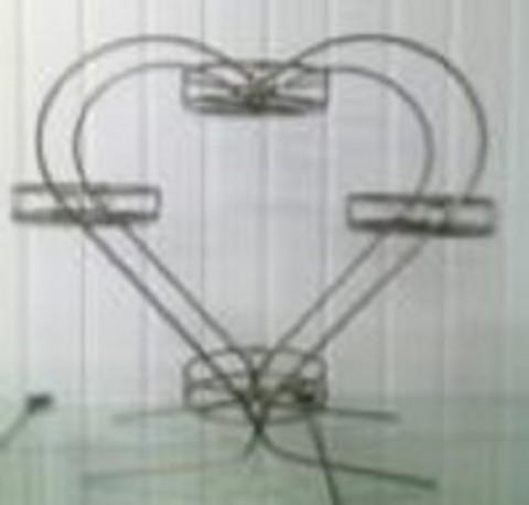 Подставка под цветы Сердце на четыре горшка