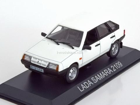 VAZ-2109 Lada Samara white 1:43 DeAgostini Masini de legenda #22