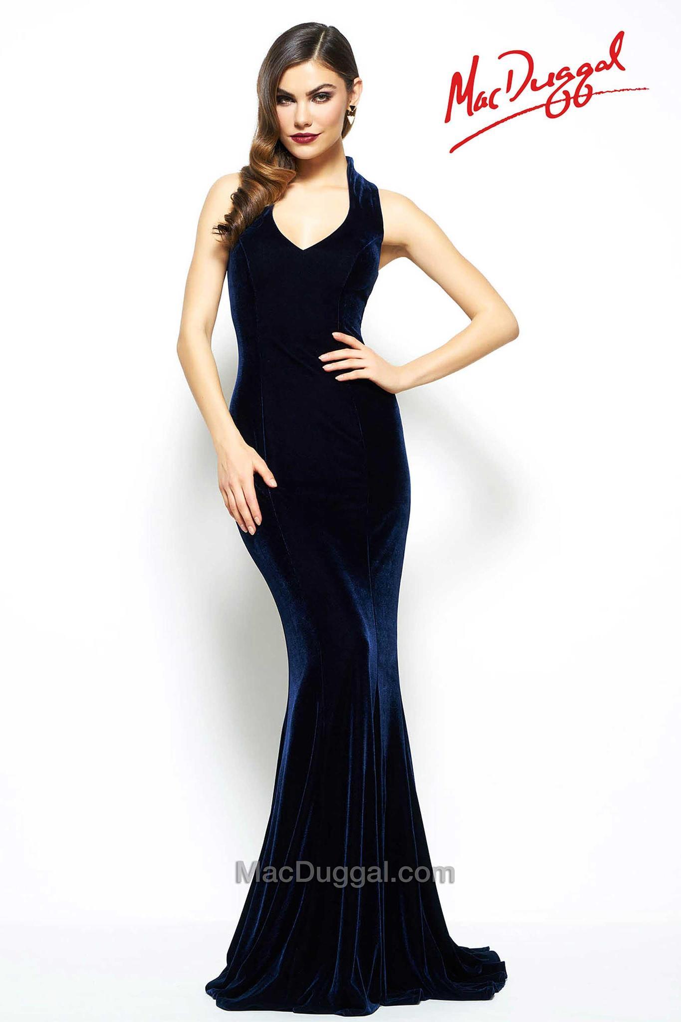Mac Duggal 825503 платье бархатное, длинное со шлейфом,цвет:черный