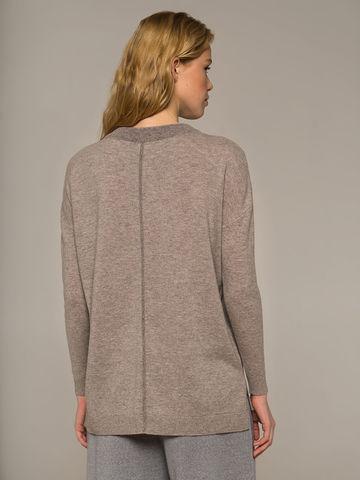 Женский джемпер песочного цвета свободного кроя из шерсти и кашемира - фото 2