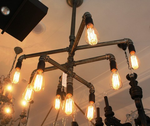 vintage chandelier  01-19 ( by Funky Vintage )
