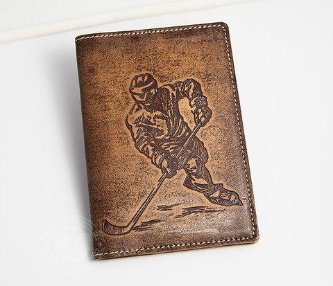 Обложка для паспорта «Хоккей» из натуральной кожи