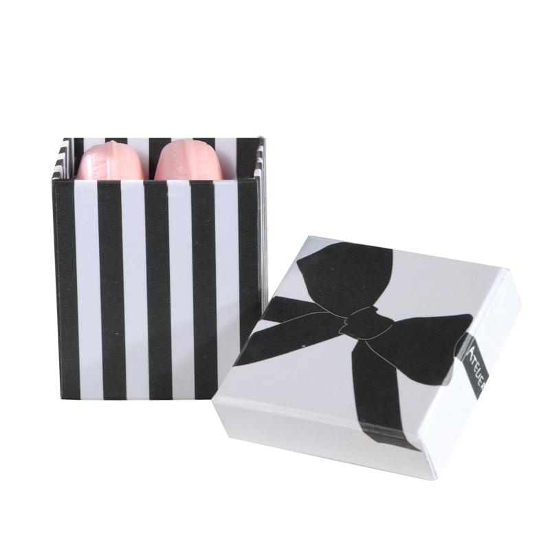 Серия Merveilleuse / Чудо   Два мыла Макарон в подарочной коробке (Мало в форме кексов и сладостей) (Atelier Catherine Masson)