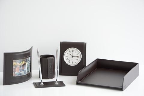Кожаный набор на стол руководителя 9022/103-5  с часами d103 мм 5 предметов.