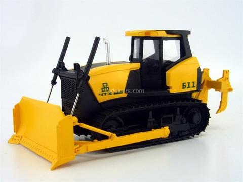 Bulldozer ChTZ B11 Chelyabinsk Tractor Plant URALTRAK handmade 1:43