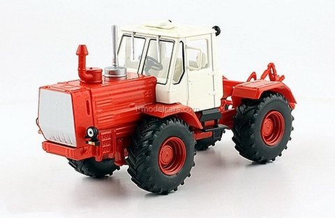 Tractor T-150K red-white 1:43 Hachette #127