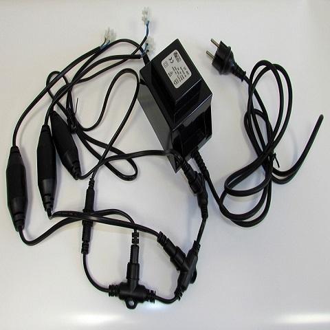 Трансформатор для клип лайта 240V/12V мощность 150Вт с разветвителем.