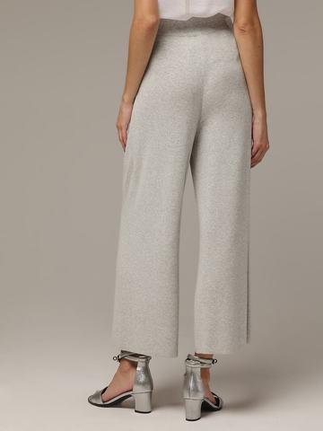Женские серые свободные брюки из вискозы - фото 3